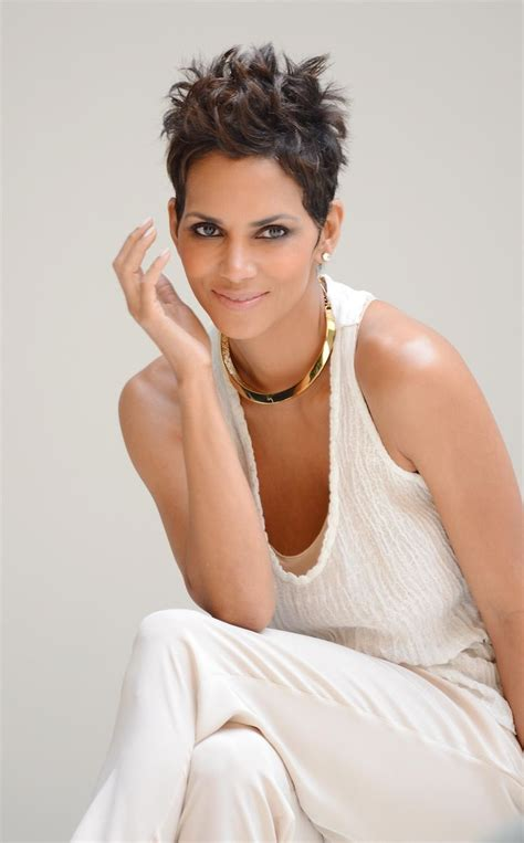 17 Best Images About Halle Berry On Pinterest Halle | pictures on halle berry haircuts wedding ideas