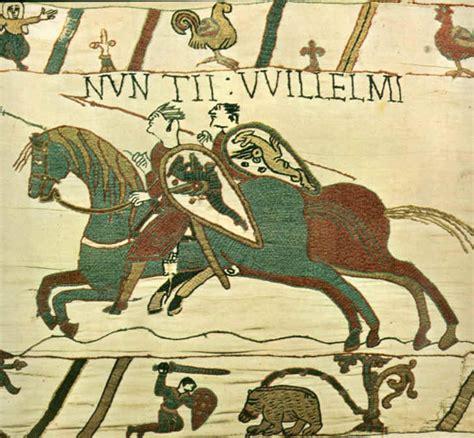 tappezzeria di bayeux con armi e blasone il palazzo di sichelgaita