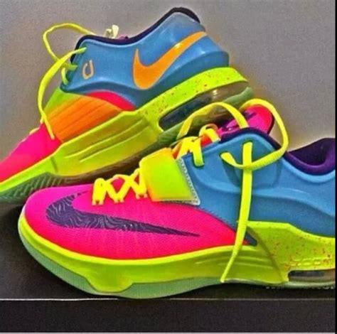 kd sko colorful