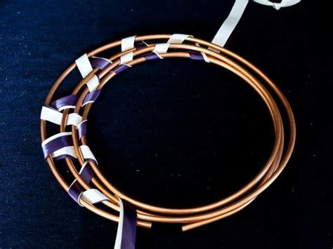 google images hgtv how to wrap ribon around christmas tree how to make a metallic ribbon wreath hgtv