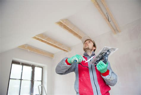 risks before hiring beware the risks of using unlicensed uninsured contractors