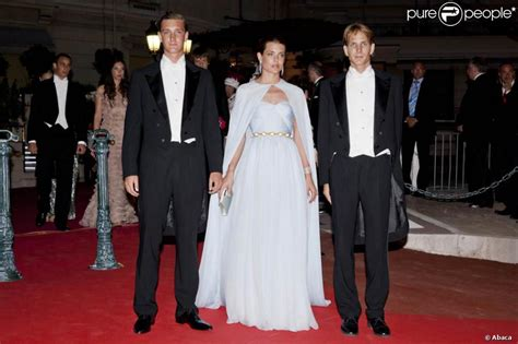 Le marriage de charlotte casiraghi facebook
