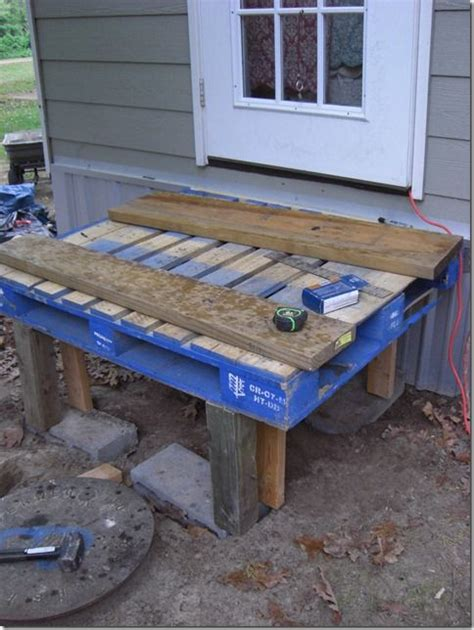 how to make patio furniture out of pallets how to build patio furniture out of pallets woodworking