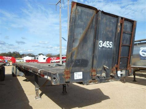 Flatbed Headache Rack by 1986 Fontaine T A 45 Flatbed Trailer S N
