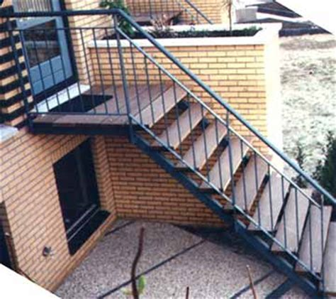 spiltrap dwg download zoeksnoek stalen trappen hoograven trappenfabriek b v