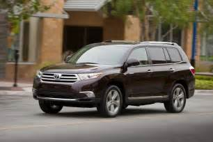 Toyota Highlander 2012 Price Photos 2012 Toyota Highlander And Fj Cruiser Price Photo 2