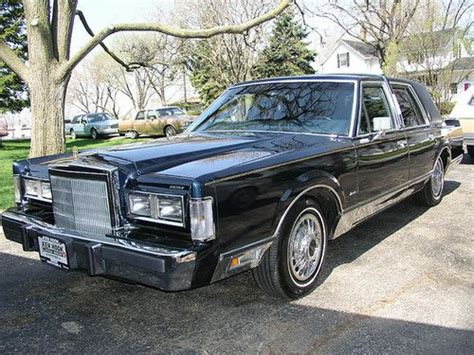 buy car manuals 1988 lincoln town car user handbook find used 1988 lincoln town car aha special model rare in wayland new york united states