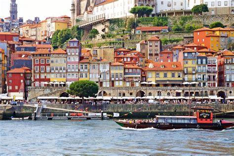 picture perfect photo spots  porto portugal yoga
