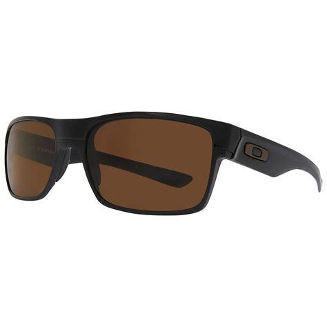 Kacamata Sungglass Oakley Batman oakley sunglasses used in batman vs superman global business forum iitbaa