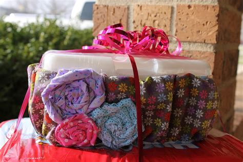 Inexpensive Baby Shower Gifts by Cheap Personalized Baby Shower Gift Ideas Child At