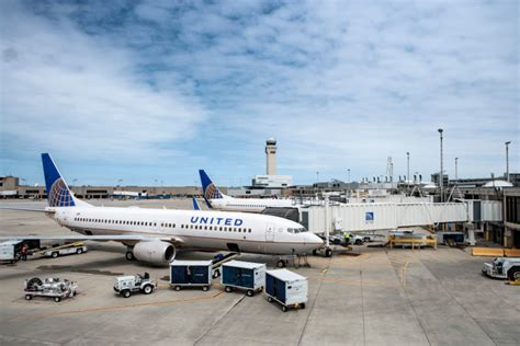 united airlines hubs airport transportation buses winston salem