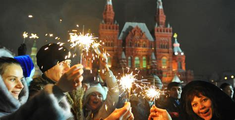 your guide on how to celebrate new year in russia