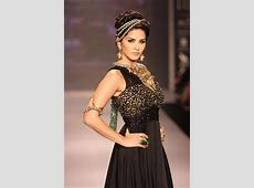 10 Facts About Sunny Leone That You Did Not Know! - Heart ... L'oreal India
