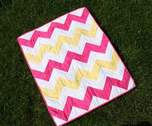 sew much crafting chevron quilt for baby