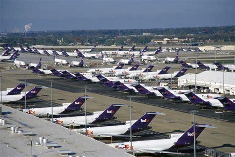 fedex retires  jets  cargo markets stagnate air