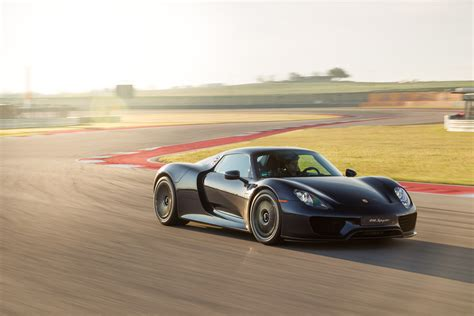 fastest porsche 918 the new fast want ultimate performance you need a hybrid