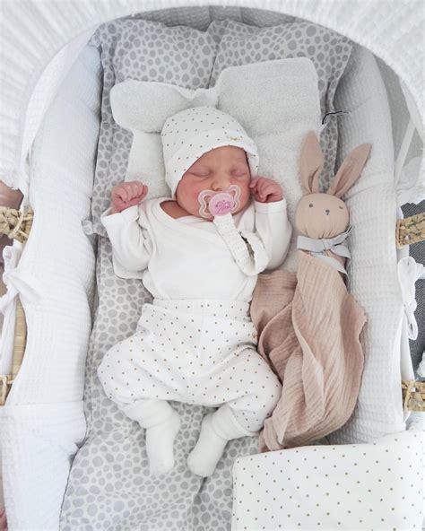 kinderzimmer baby was braucht pin auf baby baby baby
