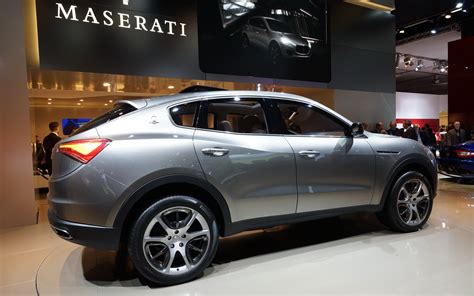 maserati levante wallpaper maserati levante suv wallpapers images photos pictures
