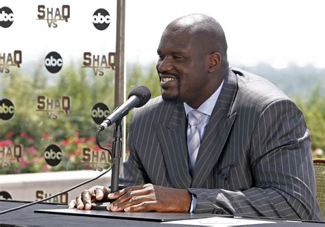 shaquille o neal bench press shaquille o neal in quot shaq vs quot press conference st