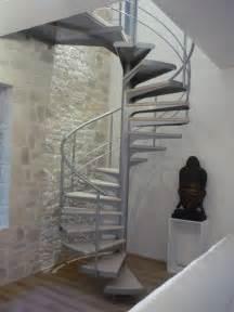 escalier colimacon bois 25 best ideas about escalier colima 231 on bois on