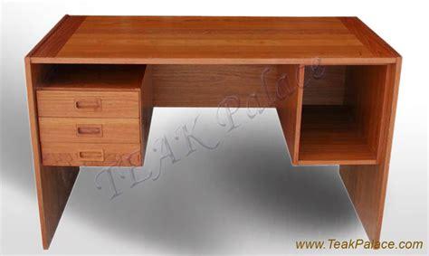 Meja Belajar Kayu Jati Minimalis meja kantor modern murah kursi sofa minimalis jati jepara
