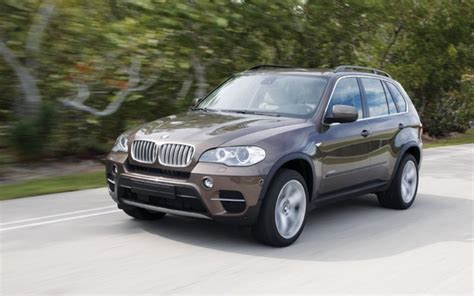 2013 bmw x5 reviews specs and prices cars com 2013 bmw x5 xdrive 35i specifications the car guide