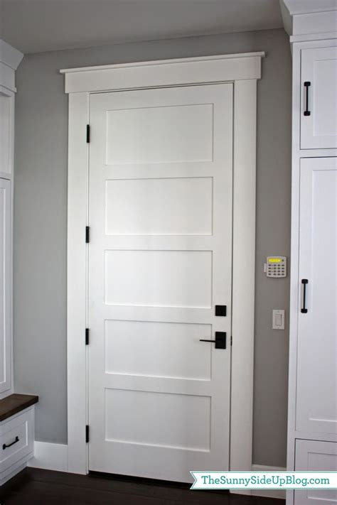 Interior Door Styles For Homes by Best 25 Interior Door Trim Ideas On Pinterest Diy
