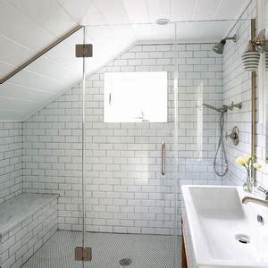 Bad Mit Begehbarer Dusche 964 by Badezimmer Dachschr 228 Ge Ideen 1 079 Bilder Roomido