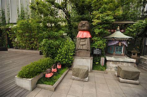 mitsukoshi roof top garden ginza tokyobling s