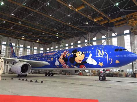film china eastern 首架迪士尼主题喷涂飞机亮相 东航如何分享上海迪士尼红利 第一财经