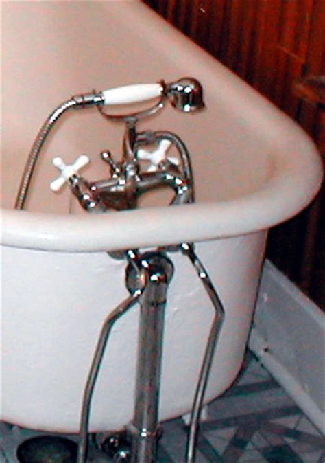 bathtub faucet will not screw back in 171 bathroom design bathtub faucet will not screw back in bathtub faucet
