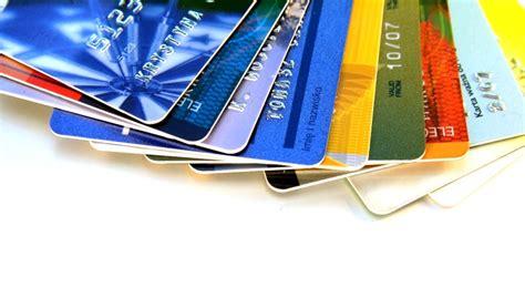 membuat kartu kredit bagi mahasiswa mahasiswa juga bisa memiliki kartu kredit gunakan tips