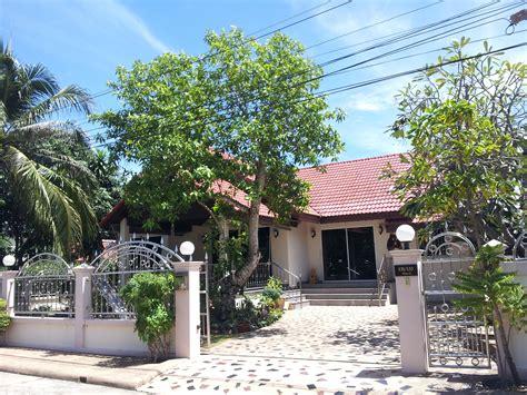 4 bedroom 3 bathroom house for rent 3 bedroom 4 bathroom house for rent in npc jomtien