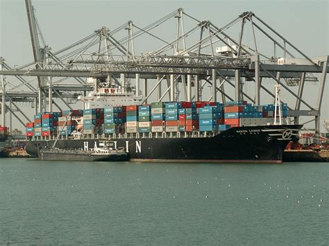 boat shipping from florida to california overseas car transport for vintage automobiles to port