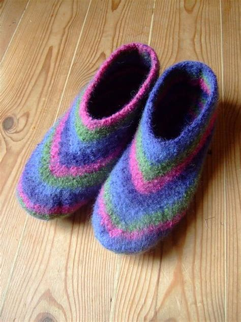pattern felted slippers felted slippers felted slippers pattern and slippers on