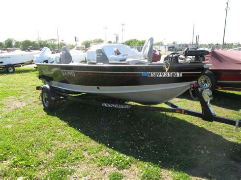 lund boats wyoming used 2004 lund 1600 explorer tiller for sale in chippewa