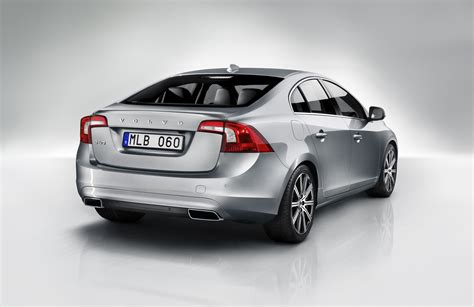 volvo   elite geartronic   car review surfcarscoza motoring news