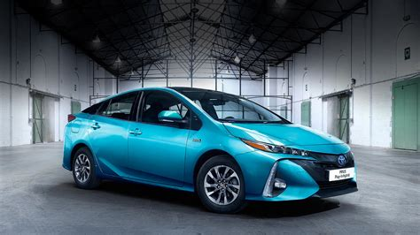 toyota hybrid cars new prius plug in hybrid news events toyota uk