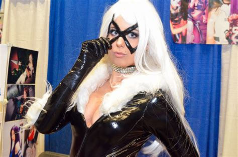 Caesars Windsor Giveaways - 44 delightfully geeky photos from windsor comicon