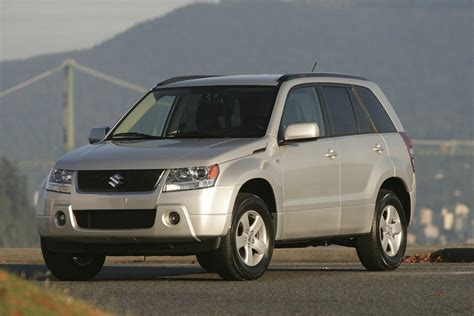 Suzuki Mpg 2011 Suzuki Grand Vitara Price Mpg Review Specs Pictures