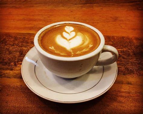 Kopi Di Coffee Toffee Makassar mau kumpul dan ngopi seru di makassar fanaticoffee solusinya