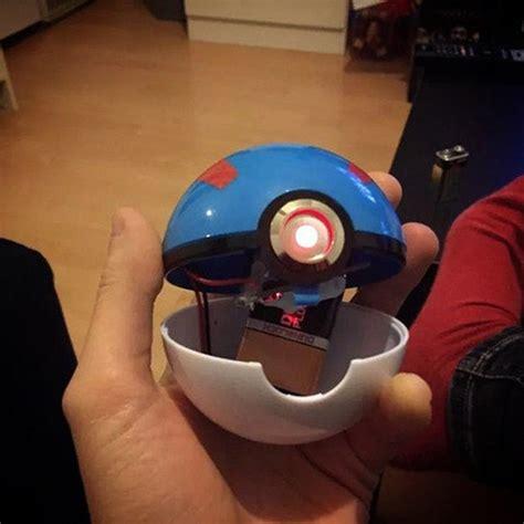 Light Up Pokeball by Pok 233 Light Up Replica Catches Batteries For Itself Technabob