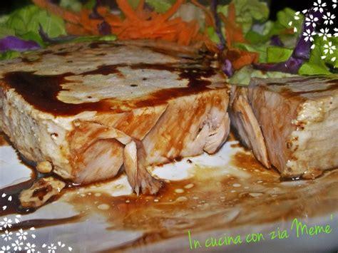 cucinare tonno fresco trancio di tonno fresco in padella in cucina con zia mem 232