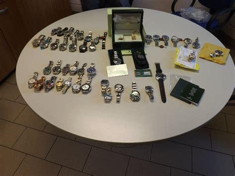 ufficio dogane firenze rolex e panerai sequestrati orologi con griffe contraffatte