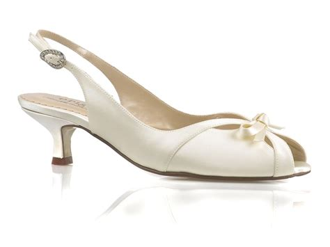 Kitten Heel Wedding Shoes by Kitten Heel Bridal Shoes Wedding Attire