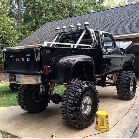 mercedes truck lifted awesome lifted ford truck truck yeaaah
