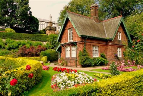 pictures of beautiful gardens for small homes luxury houses villas and hotels beautiful houses with