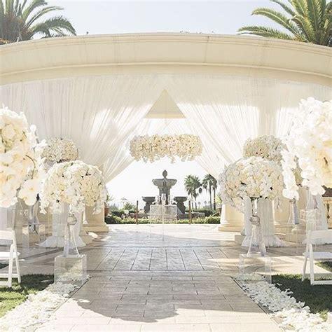 Best 25  All white wedding ideas on Pinterest   My