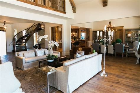 Fine Dining Floor Plan by Step Inside Jason Aldean S Secluded Tennessee Compound