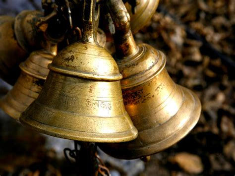 Sound Bell Up significance of temple bells boldsky